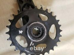RaceFace Aeffect CINCH Crank Arm Set 175mm Black With 28t Oval Chainring and BB